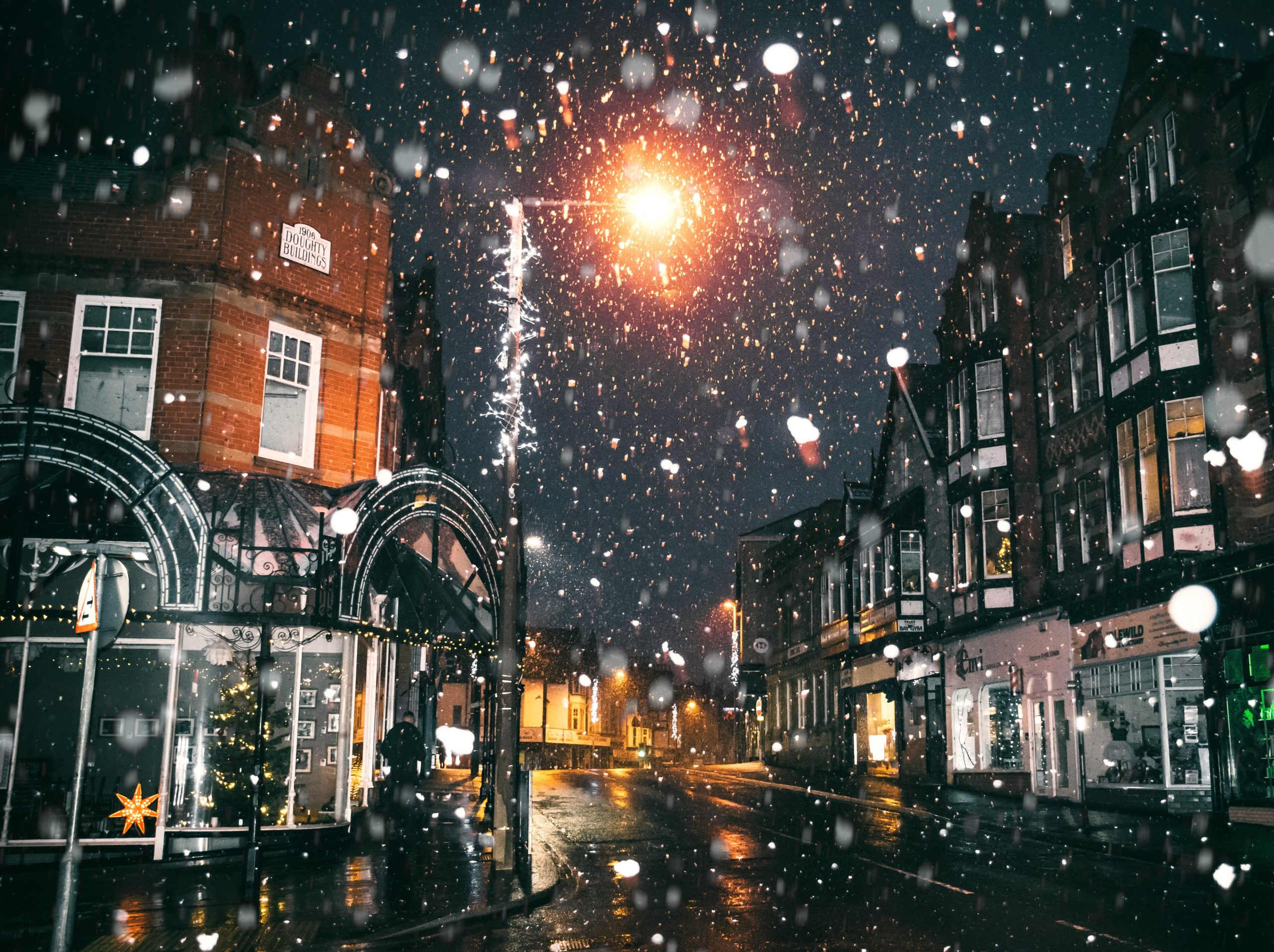 rain-of-snow-in-town-painting-730256